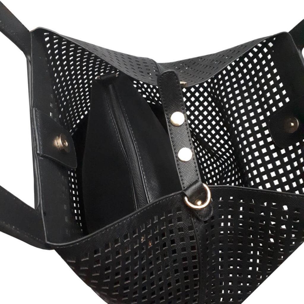 Moderní perforovaná kabelka přes rameno Tapple 3092 černá vnitřní uspořádání