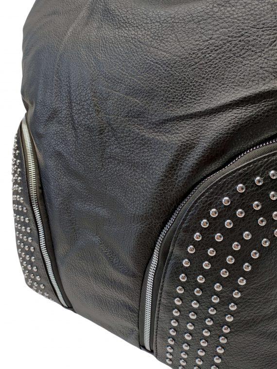 Kabelka a batoh v jednom se slušivými kapsami, Co & Coo Fashion, 0957, černý, detail kabelky a batohu v jednom
