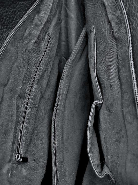 Kabelka a batoh v jednom se slušivými kapsami, Co & Coo Fashion, 0957, černý, vnitřní uspořádání kabelky a batohu v jednom